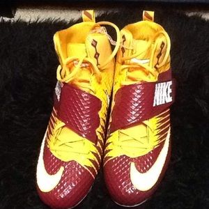 Men's Wine Red Yellow Nike football cleats